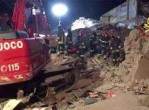 Crolla palazzina a Roma: morte mamma e figlia