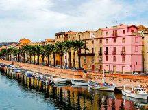 In Sardegna si trovano borghi incantati, spiagge da sogno, località mondane e luoghi particolarmente romantici